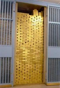 peti simpanan pelaburan emas