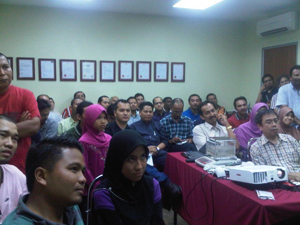 seminar public gold pertama