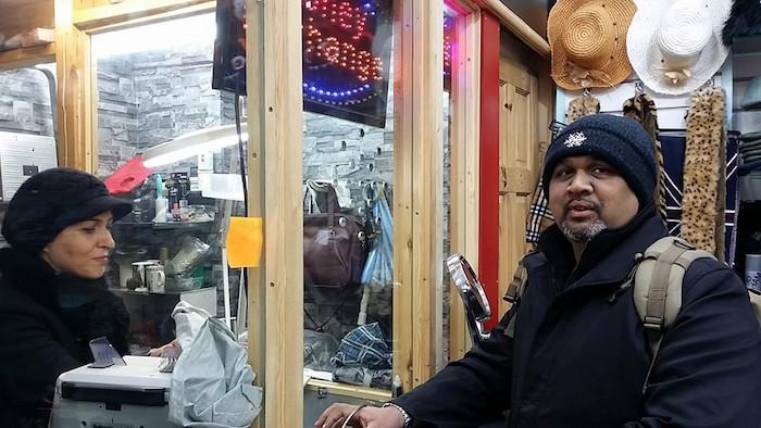 shahruddin jual emas public gold di london luar negara