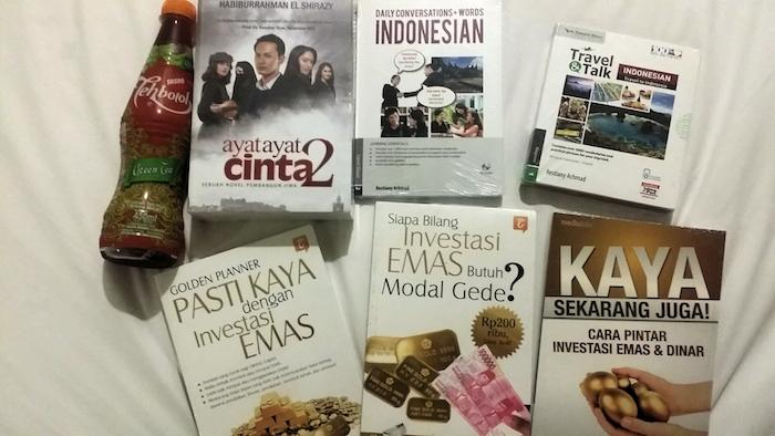 buku emas ayat ayat cinta 2 dan bahasa indonesi dari gramedia
